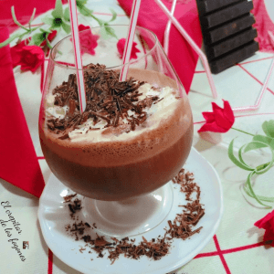 BATIDO DE CHOCOLATE CON CHANTILLY
