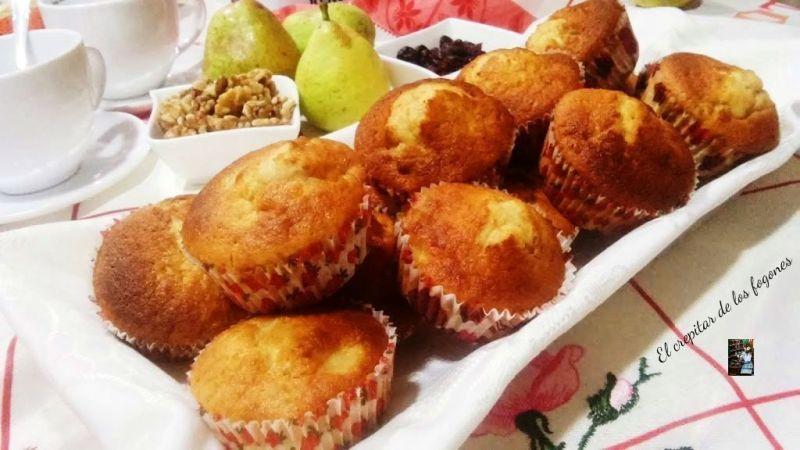 MAGDALENAS DE CHOCOLATE BLANCO (con pera, nueces y arándanos)
