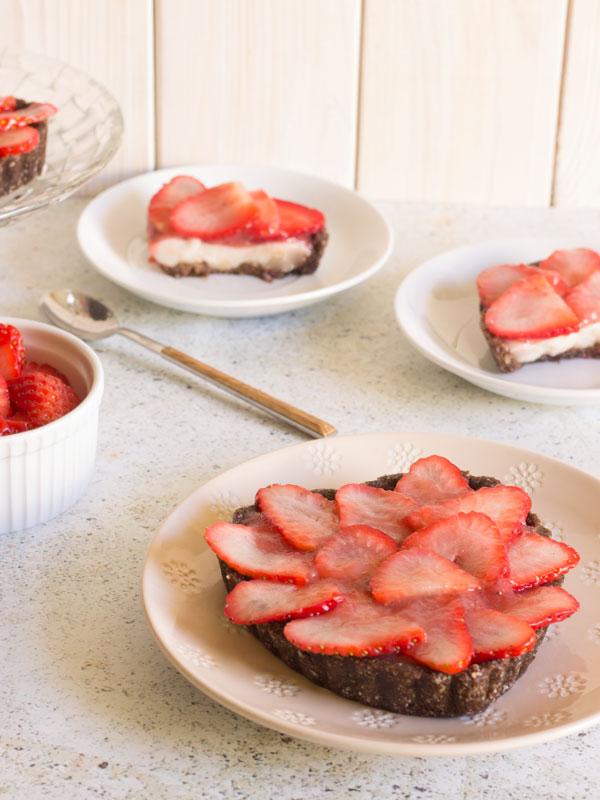 Mini tartitas de crema y fresas