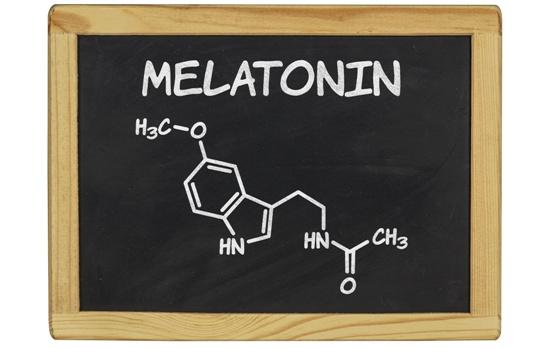 Melatonina la hormona de la oscuridad