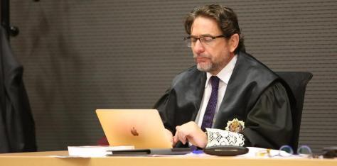El juez Salvador Alba, en el juicio por el caso Calero. (ALEJANDRO RAMOS)