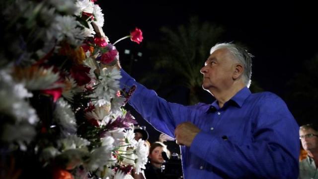 Gobernador de Nevada promulga una ley para el control de armas