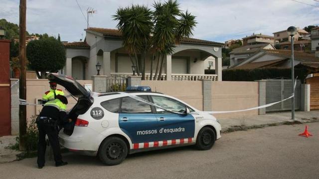 Mossos d'Esquadra investigan la muerte a cuchilladas de una vecina de Banyoles