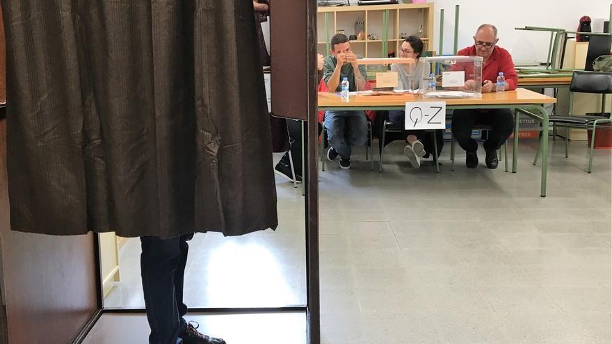 Catalunya | Catalunya continúa volcándose en las urnas con una subida de casi 18 puntos en la participación