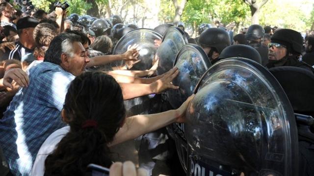 Represión Borda - II