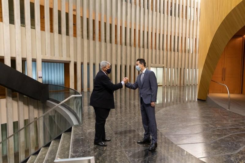 Inicio de negociaciones con el FMI