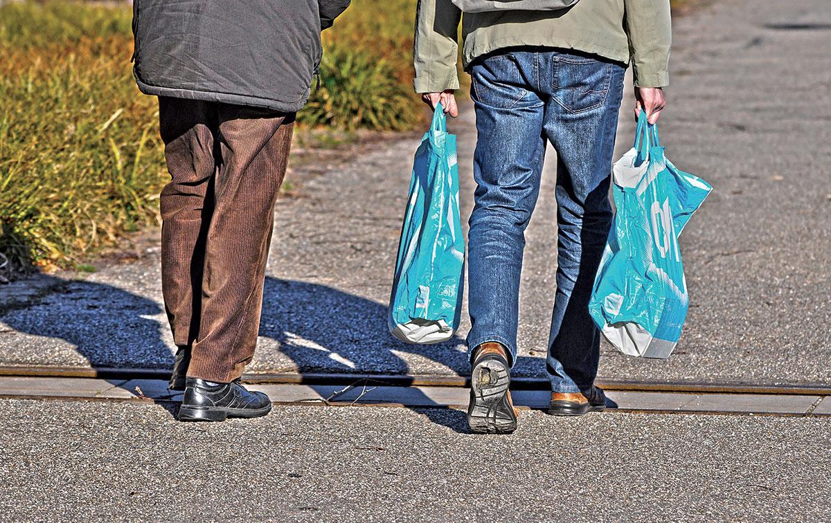 7bebc2c87 Bolsas de tela impactan más en el medio ambiente que fundas plásticas