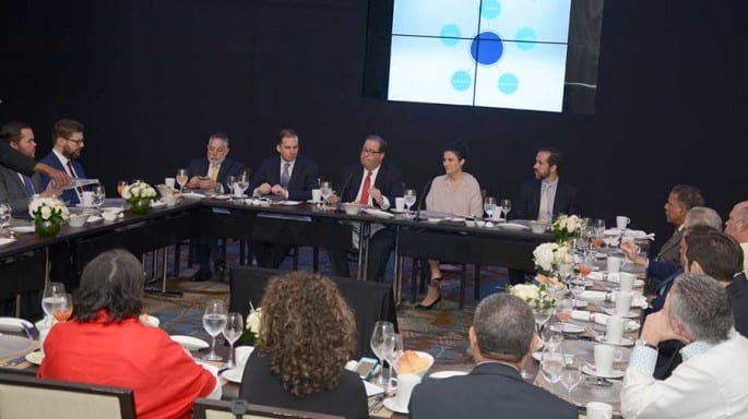 Felipe Vicini, presidente ejecutivo de la Firma, anunció la nueva estrategia corporativa. | Lésther Álvarez