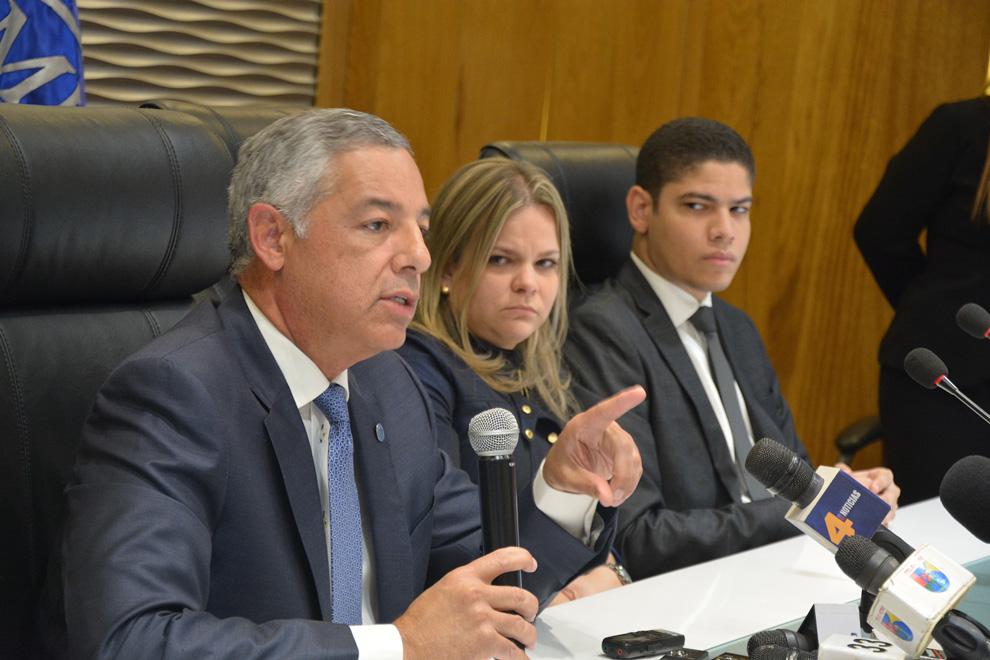 Gobierno coloca bonos para financiar termoeléctrica a cargo de Odebrecht