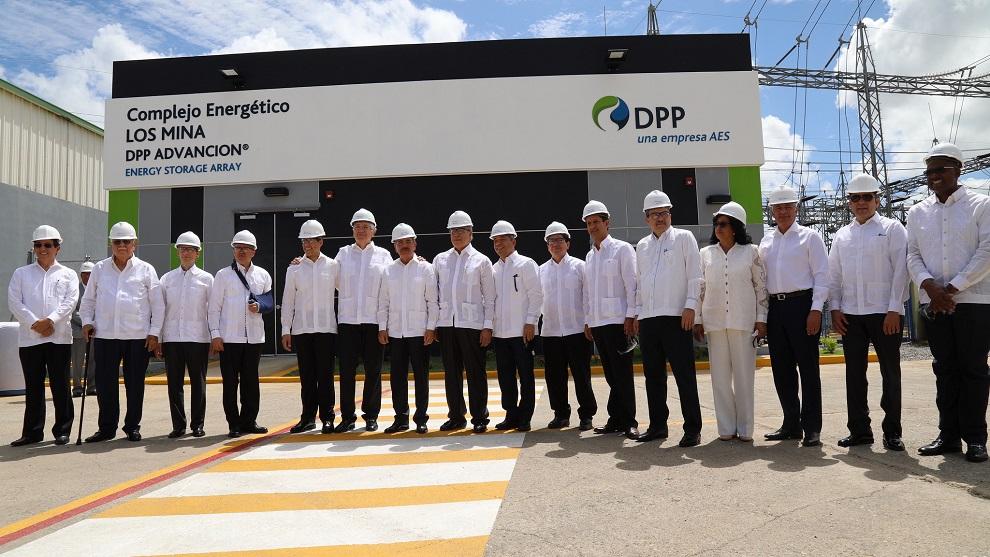 Danilo Medina inaugura nueva unidad de energía limpia en Los Mina VII