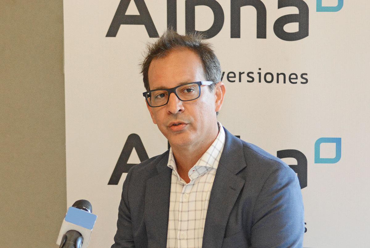 santiago camarena alpha inversiones
