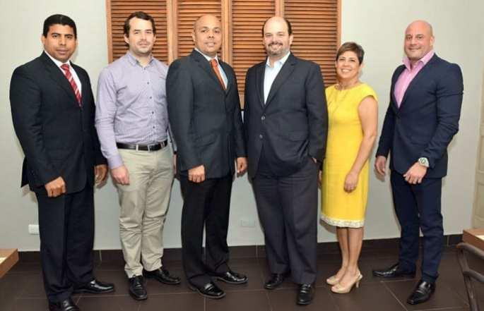 Esteban Delgado, José Luis Magadan, Jairon Severino, Antonio Ramos, Ana Y. Acosta y René del Risco.