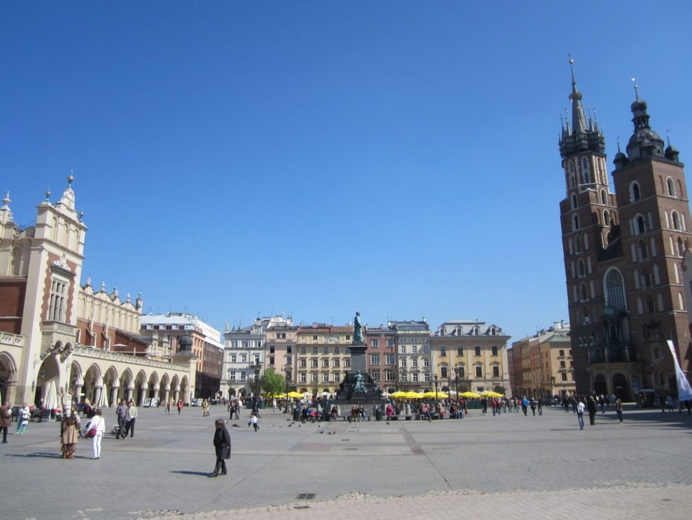 cracovia plaza mercado
