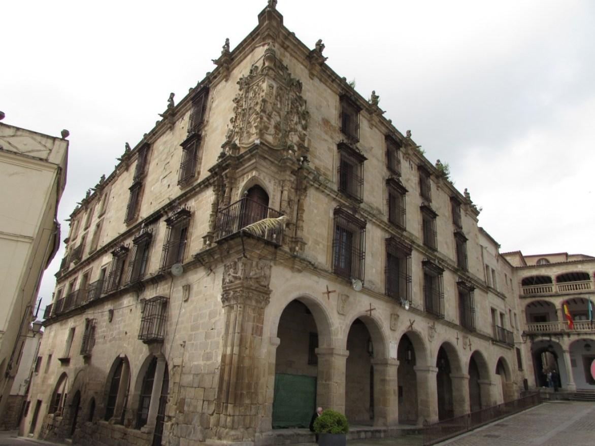 Palacio de la Conquista, Trujillo