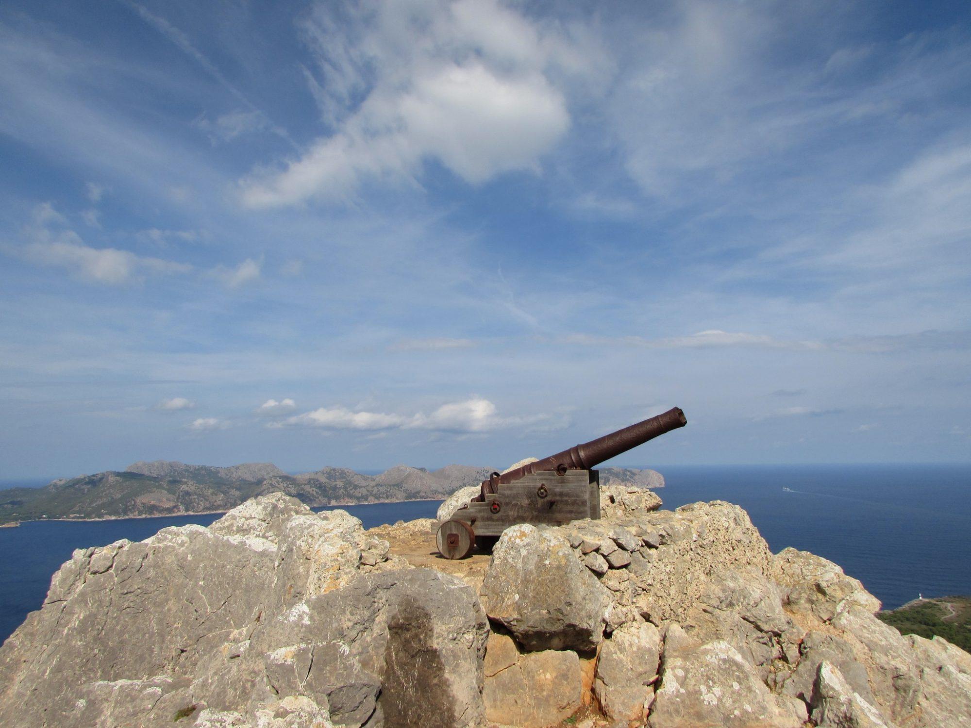 Excursión a la penya des migdia Alcudia