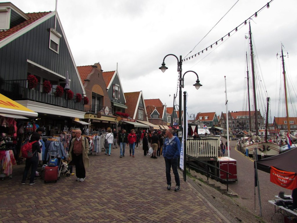 Paseando por Volendam