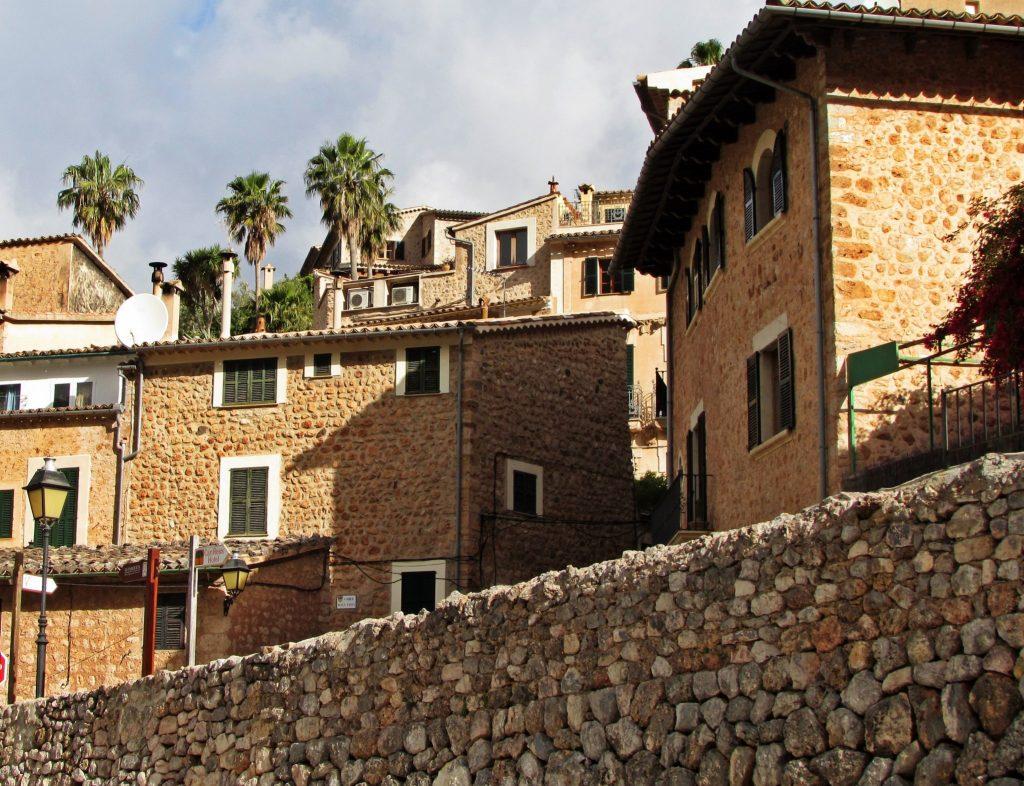 Casas de piedra en Fornalutx
