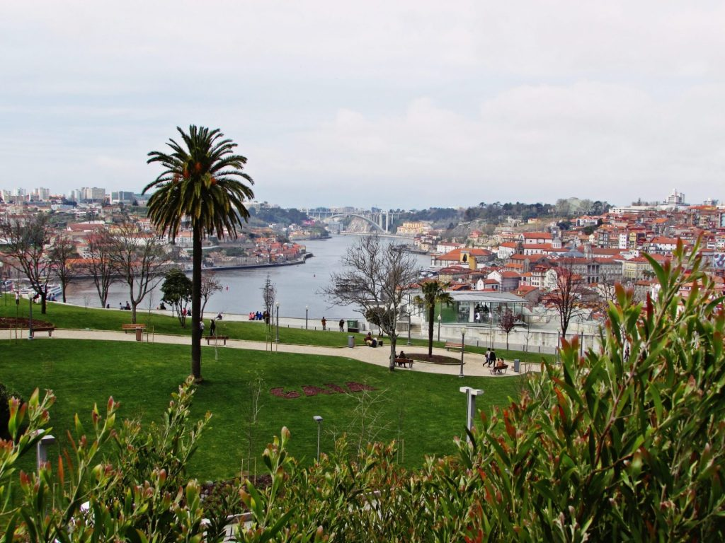 Miradores de Oporto. Jardim do Morro