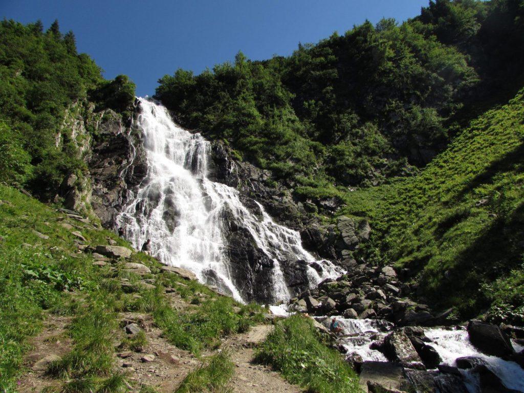 Cascada Balea, parada imprescindible en la Transfagarasan