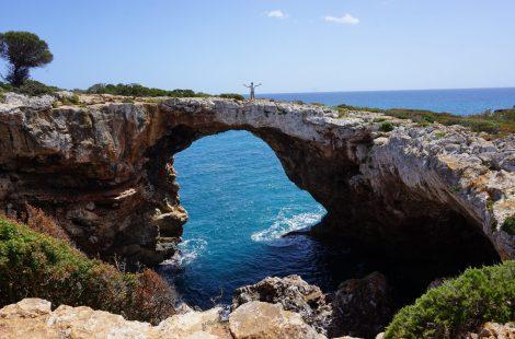 puente natural de Cala Varques