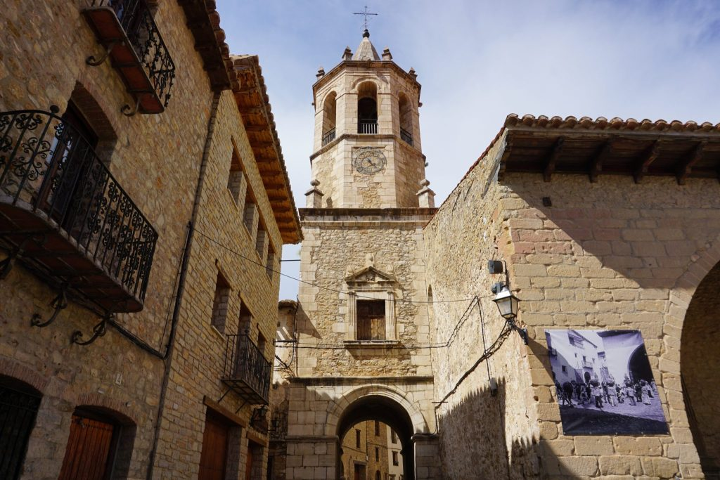Torre de la iglesia de Cantavieja