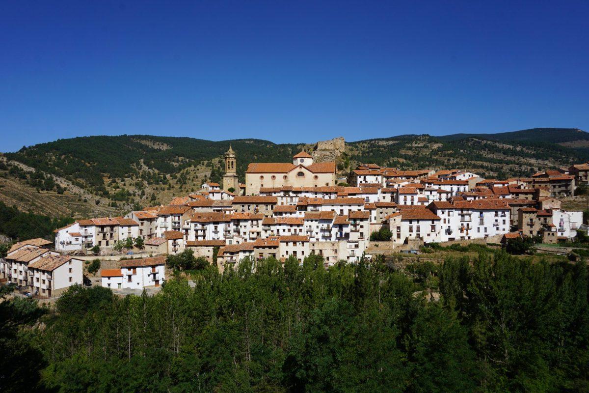 Linares de Mora