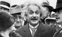ألبرت أينشتاين في حوار لم ينشر منذ 1922..يتحدث عن الديمقراطية ونظرية النسبية ومستقبل ألمانيا ويكشف أسرار طفولته