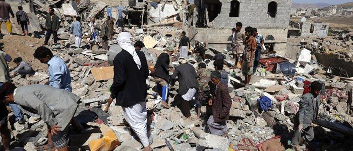 القتال يتجدد في مدينة الحديدة رغم مبادرات وقف إطلاق النار في اليمن