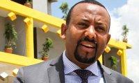 هدد الضباط وأحبط الانقلاب… رئيس وزراء إثيوبيا: لن تقلتوني قبل أن أقتل 6 منكم