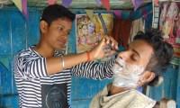 أختين تظاهرتا بأنهما ولدان واتَّخذتا اسمَيْ رجال لإعالة أسرتهما في الهند
