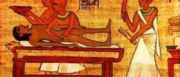 إتلاف نقش لزوجين من الفراعنة يهدف إلى «إيذائهما في الآخرة»