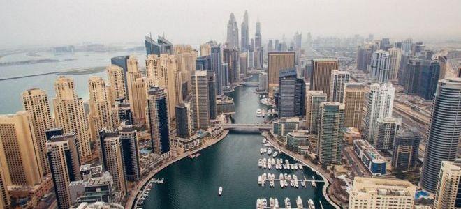 هل فشلت سلسلة اصلاحات الإمارات لانعاش الاقتصاد؟