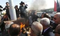 محافظ أسوان يوقد شعلة الاحتفال بالذكرى 48 للسد العالى