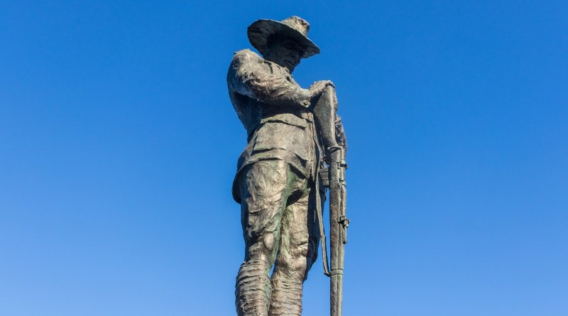 A statue of an ANZAC solider