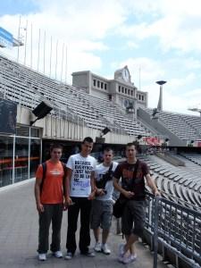 Los alumnos de SRCA en el estadio olímpico de Montjuic