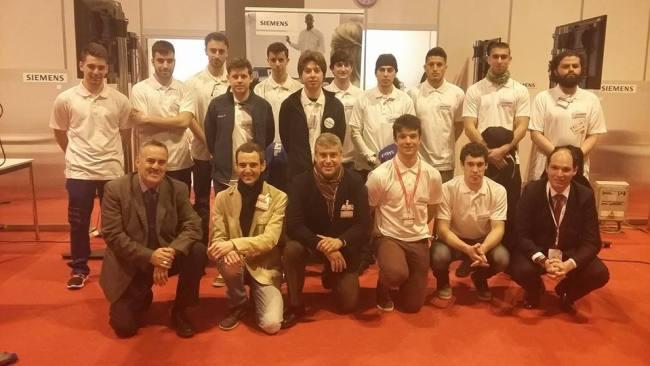 Jurado y competidores Control Industrial SpainSkills 2017