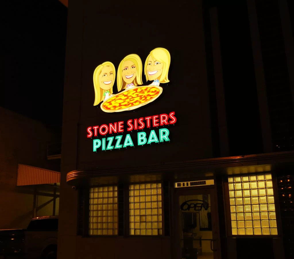 Picture of large custom contour and channel letter sign created for Stone Sisters Pizza Bar!