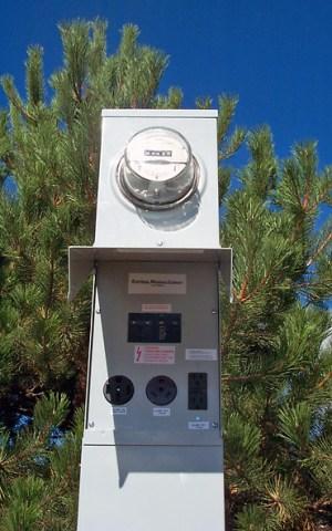 100 Amp RV Electrical Service Pedestal – Metered