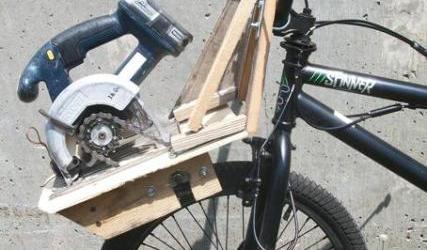 How to build yourself electricbike the diy junkyard e bmx friction drive solutioingenieria Choice Image