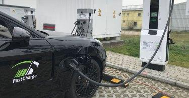 Eine Elektroauto beim Laden. Foto: Porsche