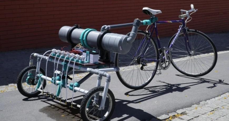 bikelangelo es un remolque de bicicleta de graffiti que dispensa agua 60344dad4d8f9 - Electrogeek