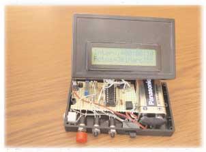 Foto 4.- El circuito puede funcionar con pila o con un transformador