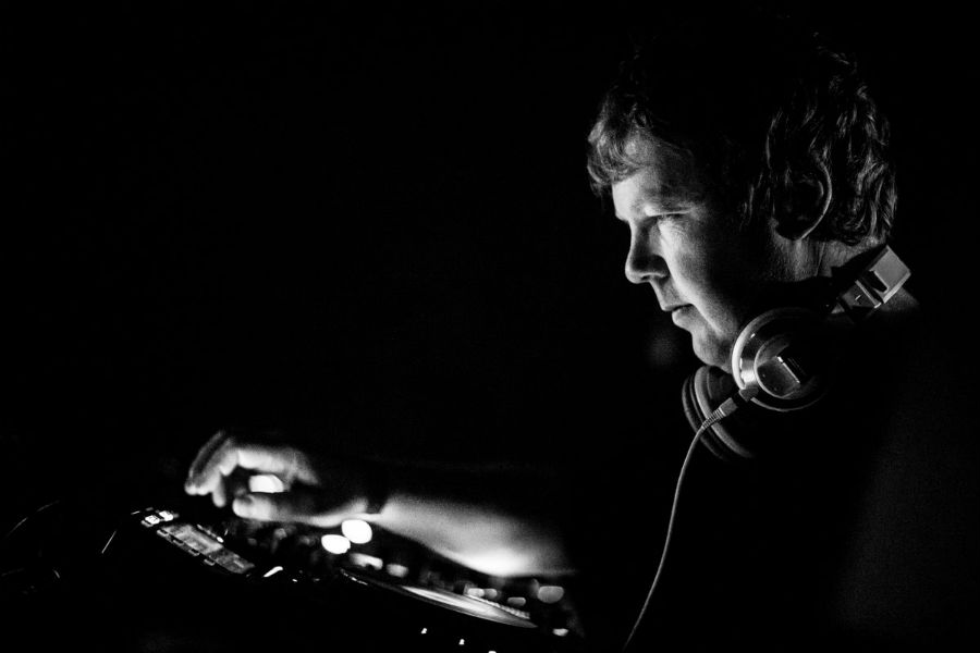 John Digweed Is Set To Play An Extended Session At Ouput Brooklyn On NYE