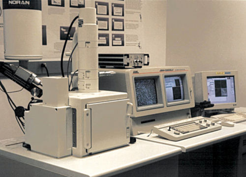 A typical scanning electron microscope instrument used in mirco-robotics