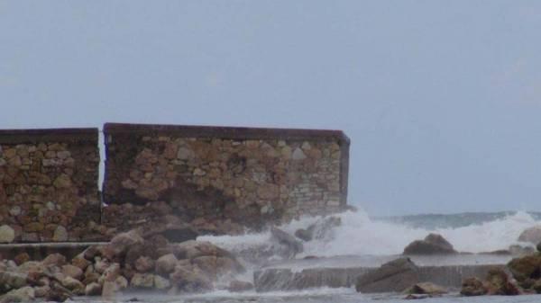 """Στην """"Κρατική"""" Περιφέρεια τα ρίχνει ο Π. Αλευράς: Αποποίηση ευθυνών για το λιμάνι Κυπαρισσίας"""