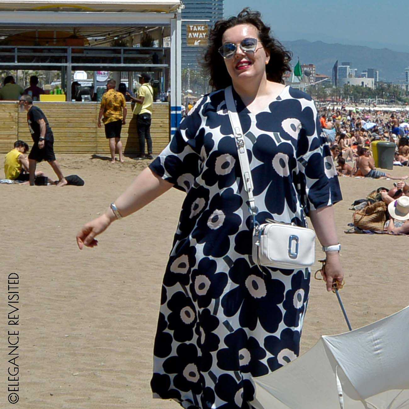 how to wear a kaftan over 50