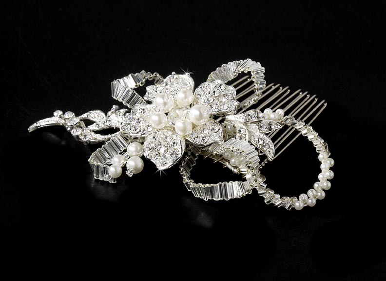 Silver Diamond White Pearl Bridal Comb Elegant Bridal