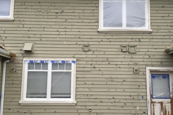 cedar siding caulking