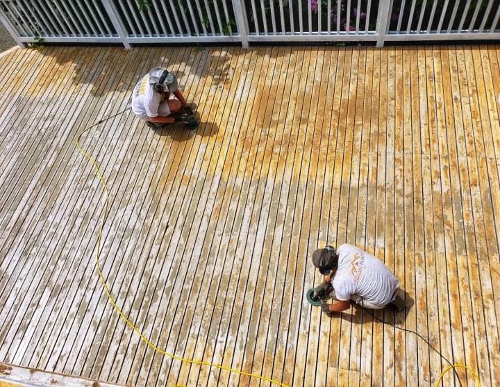 sanding deck cedar 98008