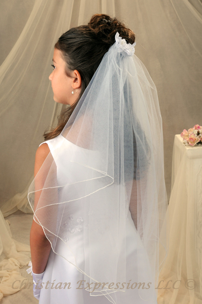 First Communion Comb Veil With Satin Flowers First
